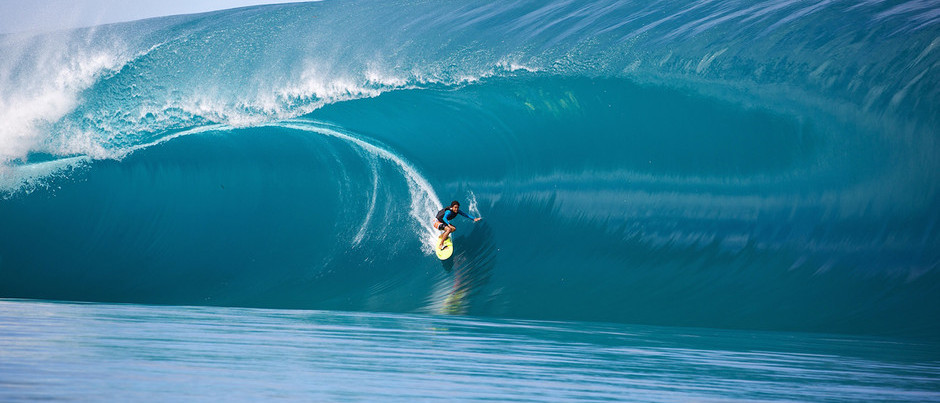 Teahupoo Pumps: Matahi Drollet Upstages Point Break 2