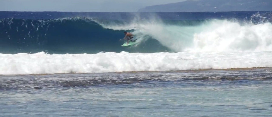 Jeremy Flores Explores the Rest of Tahiti