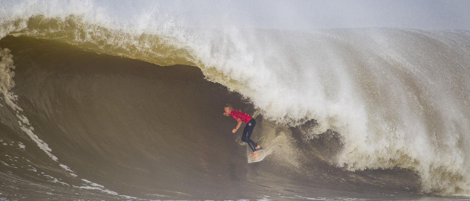 Title Race Tightens at Rip Curl Pro