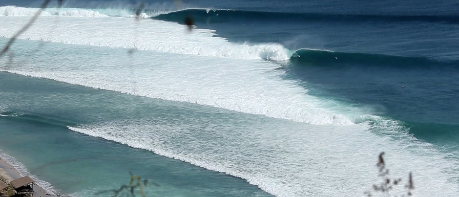 Reeling Barrels at Desert Point