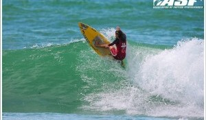 Kana Miss Cup Kicks Off in Hourtin, Top Seeds to Surf Tomorrow