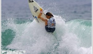 ASP Top 17 Fire Back into Action at Rip Curl Pro Mademoiselle