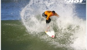 Internationals Steal The Show On Day 1 Of Billabong Pro Junior