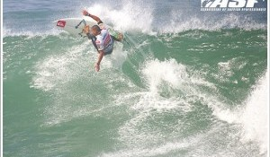 Usual Suspects Set the Pace on Day 3 of Buondi Billabong Pro Portugal