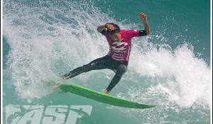 Billabong Girls Pro Rio Back On in Improved Conditions