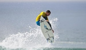Mullen And Barley Flare In Improved Conditions On Day Two Of Oakley Newport Beach Pro