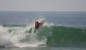 Top Seeds Enter Oakley Newport Beach Pro with Mixed Results