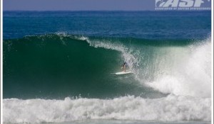 Top Seeds Struggle on Day 1 of the Quiksilver Pro France, Fanning, Parkinson Out