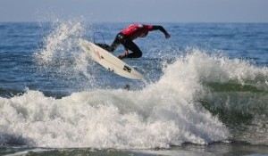 Quarterfinalists Ignite at Oakley Newport Beach Pro