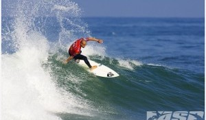 Round 2 of the Quiksilver Pro France Resumes at Les Estagnots