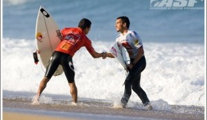 Flores and de Souza Make their Moves at the Quiksilver Pro France