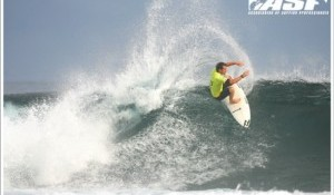 San Juan Delivers and Top WQS Contenders Fire at Santa Surf Pro