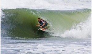 Smith Makes Painful Priority Mistake on Day 1 Hang Loose Santa Catarina Pro