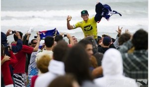 Bede Durbidge Steals Hang Loose Santa Catarina Pro and World No. 2 Title