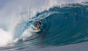 Bobby Blasts Teahupoo Win