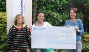 Surfers help childrens Hospice