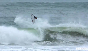 Kelly Slater is Ridiculous – Pulls a 540 in Portugal