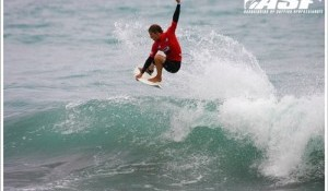 Locals and Outsiders Dominate Day 1 of Vans Pro Junior