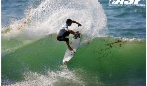 French Surfers Steal the Show on Day 2 of Island Style Pro Junior