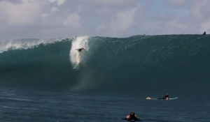 Three's a Crowd at Teahupoo