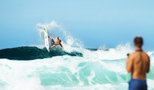 Kolohe Andino and Carissa Moore in 21 Days