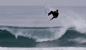 Matt Banting Loses Boards, Still Surfs in France