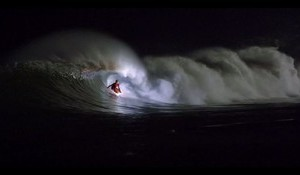 Night Surfing Safi – A Sneak Peek at Surfilmfestibal